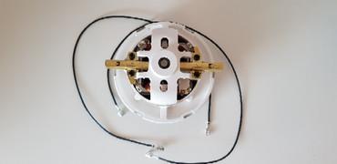 Saugmotor für Hitachi CV 300, 063200074 , 063200020 – Bild 3